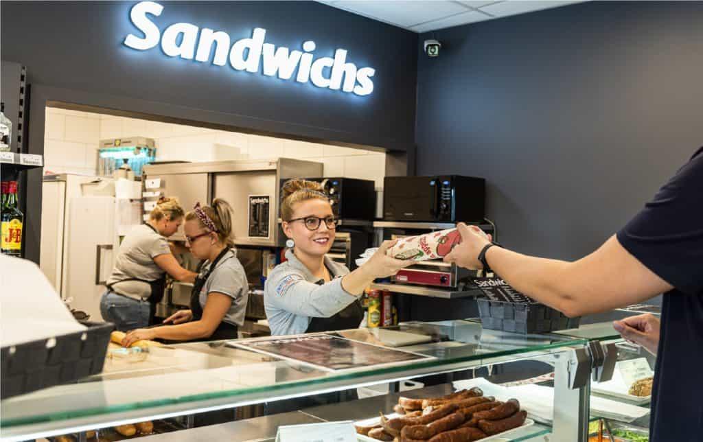 Sandwicherie de la station Esso de Bertrix Gare